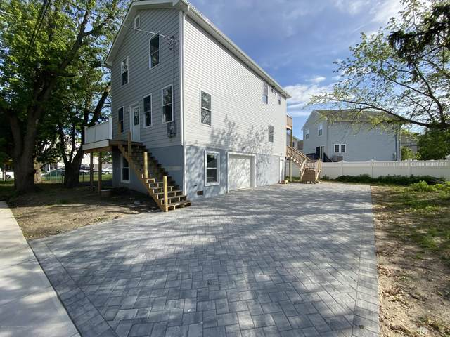 1010 Edmunds Avenue, Union Beach, NJ 07735 (MLS #22017063) :: The Dekanski Home Selling Team