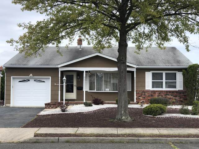 13 Mapleton Road, Toms River, NJ 08757 (MLS #22017110) :: The MEEHAN Group of RE/MAX New Beginnings Realty