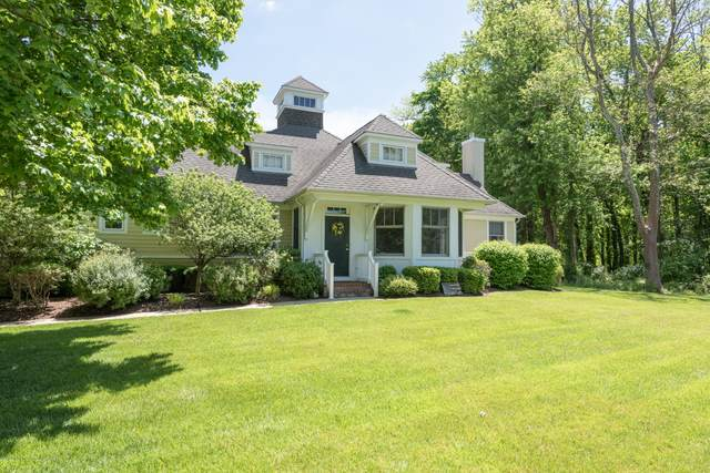 37 Thornbrooke Drive, Shrewsbury Boro, NJ 07702 (MLS #22017353) :: William Hagan Group
