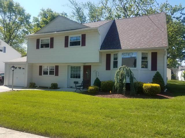 11 Adam Place, Hazlet, NJ 07730 (MLS #22017393) :: The MEEHAN Group of RE/MAX New Beginnings Realty