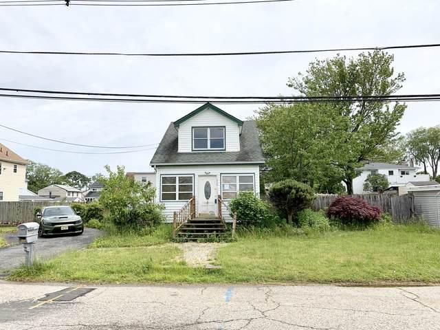 452 Raritan Boulevard, Keyport, NJ 07735 (MLS #22017736) :: Vendrell Home Selling Team