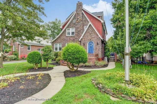 70 Roosevelt Circle E, Red Bank, NJ 07701 (MLS #22018063) :: The MEEHAN Group of RE/MAX New Beginnings Realty