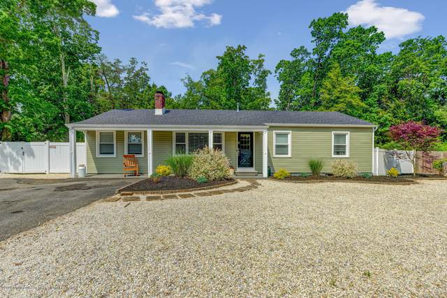 828 Bartlett Place, Toms River, NJ 08753 (MLS #22018633) :: The MEEHAN Group of RE/MAX New Beginnings Realty
