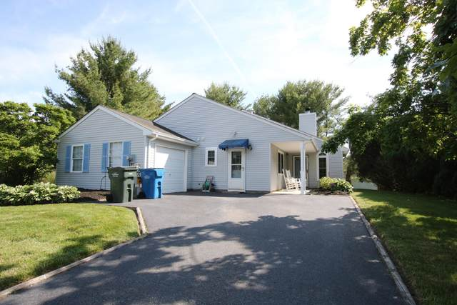 6 Settler Court, Tinton Falls, NJ 07753 (MLS #22018699) :: The MEEHAN Group of RE/MAX New Beginnings Realty