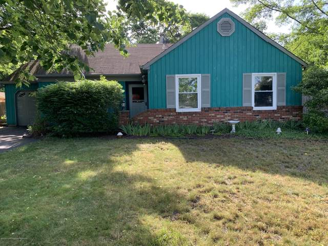 1056 Lake Placid Drive, Toms River, NJ 08753 (MLS #22018948) :: The MEEHAN Group of RE/MAX New Beginnings Realty