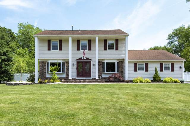 156 Brittany Drive, Freehold, NJ 07728 (MLS #22019020) :: The MEEHAN Group of RE/MAX New Beginnings Realty