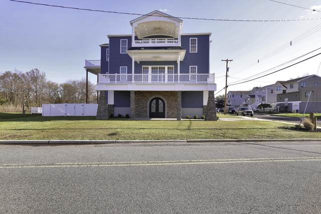902 Harris Avenue, Union Beach, NJ 07735 (MLS #22019200) :: The MEEHAN Group of RE/MAX New Beginnings Realty