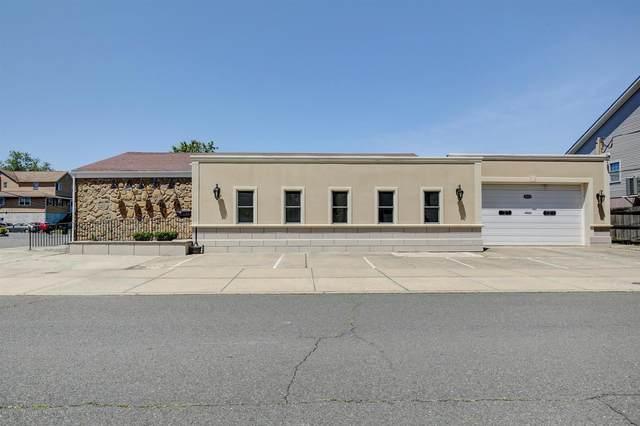 1215 Harris Avenue, Union Beach, NJ 07735 (MLS #22019358) :: The MEEHAN Group of RE/MAX New Beginnings Realty