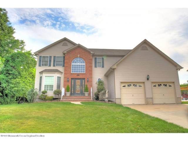 4 Jefferson Drive, Brick, NJ 08724 (MLS #22019660) :: The MEEHAN Group of RE/MAX New Beginnings Realty