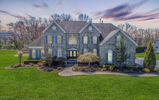 6 Dancer Lane, Freehold, NJ 07728 (MLS #22019902) :: The MEEHAN Group of RE/MAX New Beginnings Realty