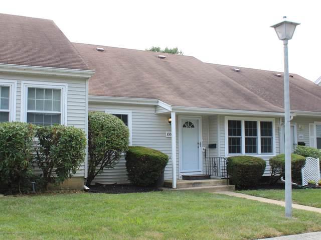 108C Henley Court #1000, Freehold, NJ 07728 (MLS #22020045) :: The Dekanski Home Selling Team