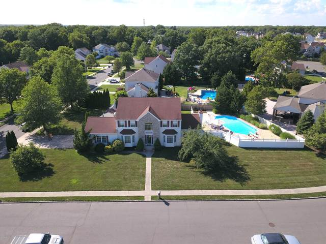 1142 Satinwood Lane, Toms River, NJ 08755 (MLS #22020732) :: The Ventre Team