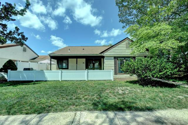 628B Stamford Court, Manchester, NJ 08759 (MLS #22021139) :: The MEEHAN Group of RE/MAX New Beginnings Realty