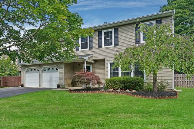 37 Charles Drive, Tinton Falls, NJ 07753 (MLS #22021303) :: The MEEHAN Group of RE/MAX New Beginnings Realty