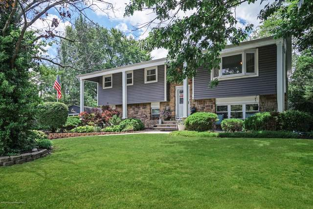 4 Columbia Court, Jackson, NJ 08527 (MLS #22021451) :: The MEEHAN Group of RE/MAX New Beginnings Realty
