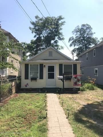 30 Collins Street, Keansburg, NJ 07734 (MLS #22021745) :: William Hagan Group