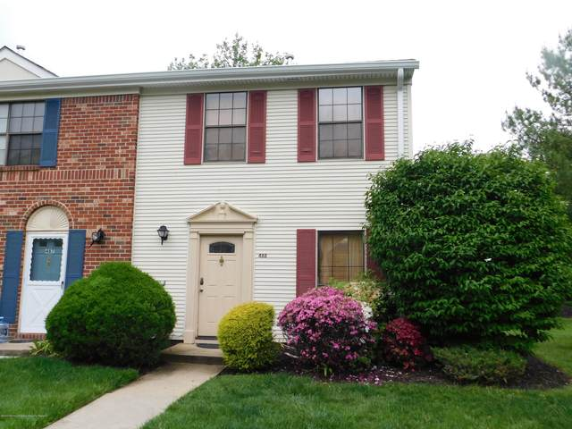 488 Danbury Lane #488, East Brunswick, NJ 08816 (MLS #22021794) :: William Hagan Group