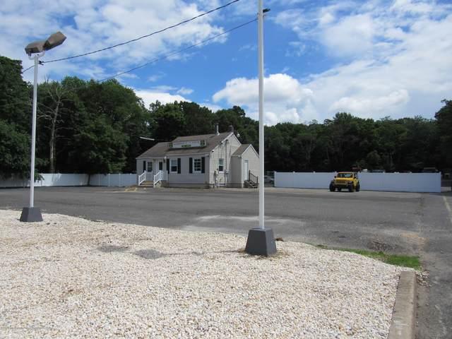 2031 Lakewood Road, Toms River, NJ 08755 (MLS #22021916) :: The MEEHAN Group of RE/MAX New Beginnings Realty