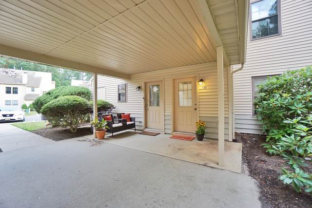 102 Daffodil Drive, Jackson, NJ 08527 (MLS #22021962) :: The MEEHAN Group of RE/MAX New Beginnings Realty