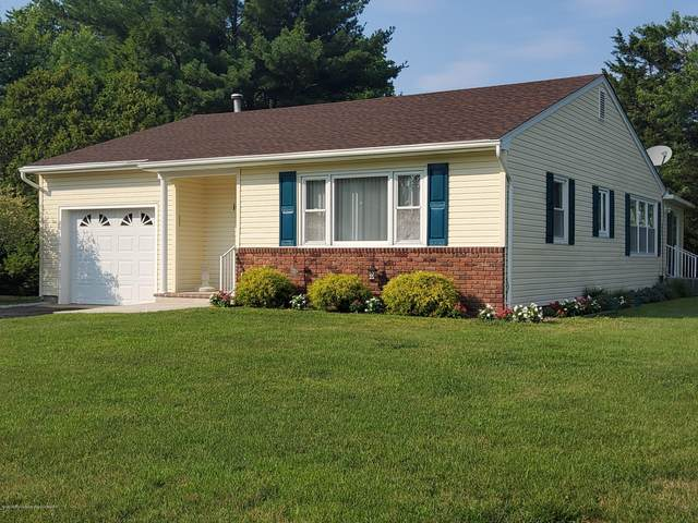 104 Hatfield Court, Toms River, NJ 08757 (MLS #22022201) :: William Hagan Group