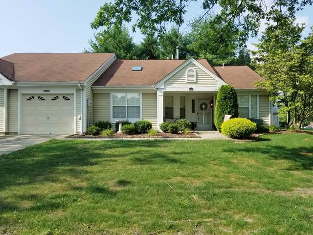 1140B Thornbury Lane, Manchester, NJ 08759 (MLS #22022213) :: The MEEHAN Group of RE/MAX New Beginnings Realty