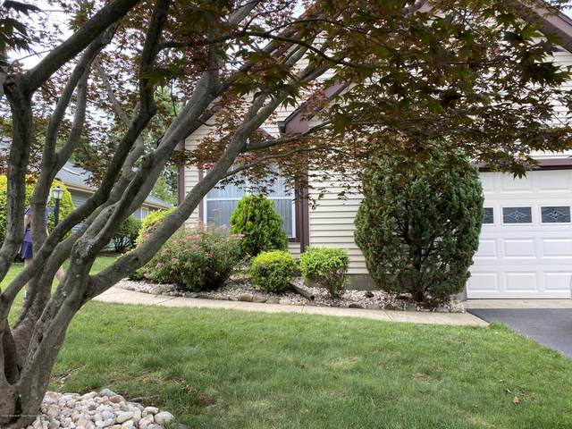 22 Ashbourne Drive B, Monroe, NJ 08831 (MLS #22022329) :: The Premier Group NJ @ Re/Max Central