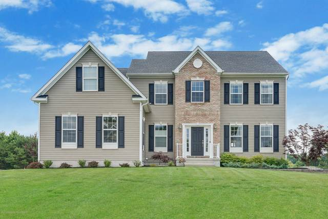 21 Wintergreen Court, Jackson, NJ 08527 (MLS #22022331) :: The MEEHAN Group of RE/MAX New Beginnings Realty