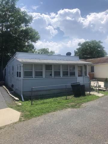 90 Washington Avenue, Keansburg, NJ 07734 (MLS #22022522) :: William Hagan Group