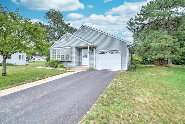 5 Harvard Court, Whiting, NJ 08759 (MLS #22022839) :: The MEEHAN Group of RE/MAX New Beginnings Realty