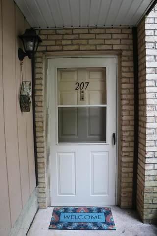 207 Wellington Place, Matawan, NJ 07747 (MLS #22023690) :: The Sikora Group