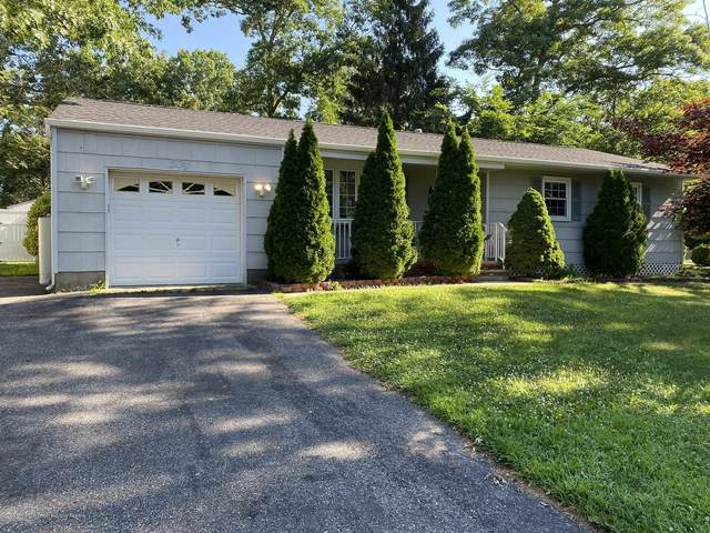 50 Mapletree Road, Toms River, NJ 08753 (MLS #22024393) :: William Hagan Group