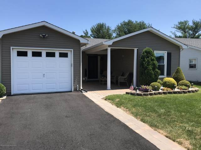 180 Everest Drive S, Brick, NJ 08724 (MLS #22024401) :: The MEEHAN Group of RE/MAX New Beginnings Realty