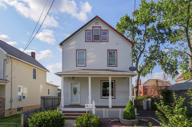 5 Dolan Street, Sayreville, NJ 08872 (MLS #22024526) :: The Sikora Group
