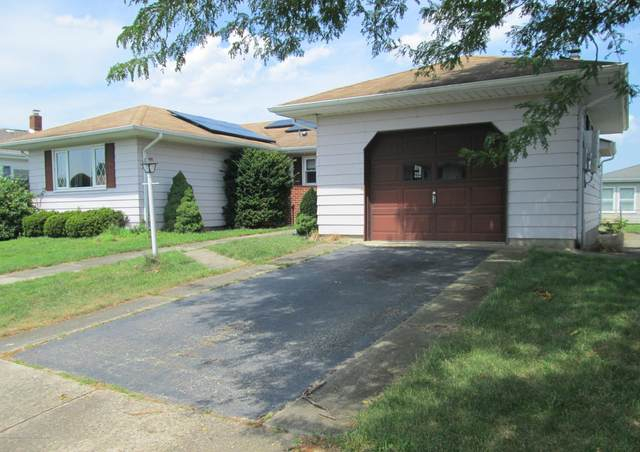 227 Bonaire Drive, Toms River, NJ 08757 (MLS #22024851) :: The MEEHAN Group of RE/MAX New Beginnings Realty