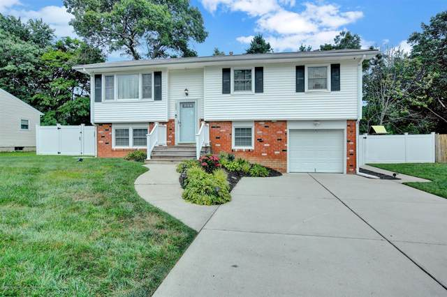 623 Fawn Drive, Toms River, NJ 08753 (MLS #22025164) :: The MEEHAN Group of RE/MAX New Beginnings Realty