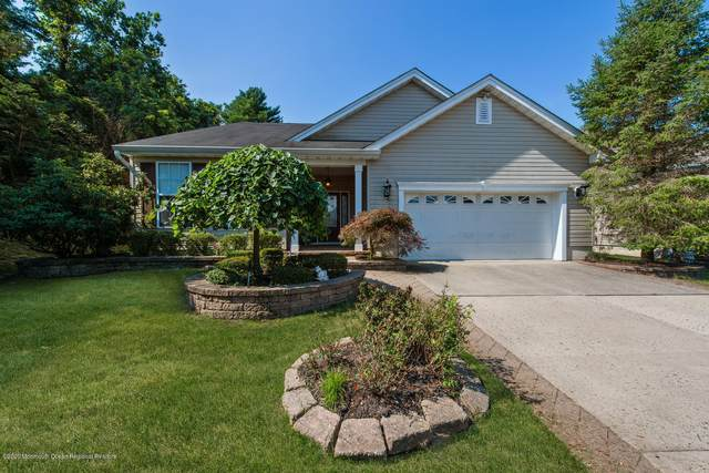 31 Doral Way, Neptune Township, NJ 07753 (MLS #22025189) :: The CG Group | RE/MAX Real Estate, LTD