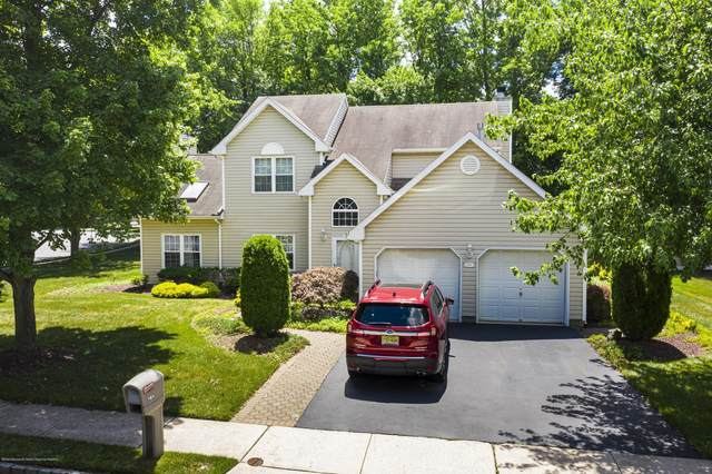 194 Navajo Drive, Aberdeen, NJ 07747 (MLS #22025200) :: The CG Group | RE/MAX Real Estate, LTD
