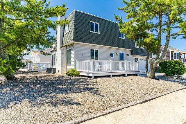 417 Coral Gables Drive, Lavallette, NJ 08735 (MLS #22025213) :: The MEEHAN Group of RE/MAX New Beginnings Realty