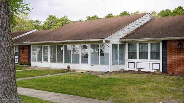 660D Plymouth Drive #1004, Lakewood, NJ 08701 (MLS #22025402) :: The Dekanski Home Selling Team