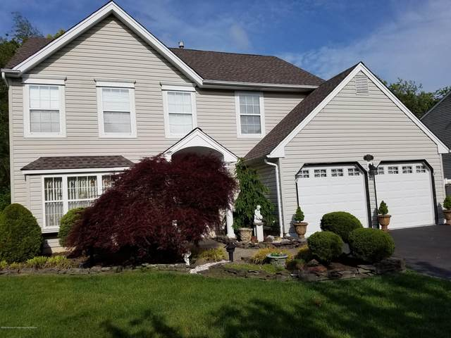 660 Hugo Drive, Toms River, NJ 08753 (MLS #22025480) :: The MEEHAN Group of RE/MAX New Beginnings Realty