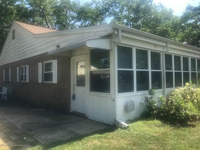 6 B Cedar Street, Toms River, NJ 08757 (MLS #22025613) :: The MEEHAN Group of RE/MAX New Beginnings Realty