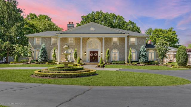 16 Buttonwood Lane A, Rumson, NJ 07760 (#22026133) :: Nexthome Force Realty Partners