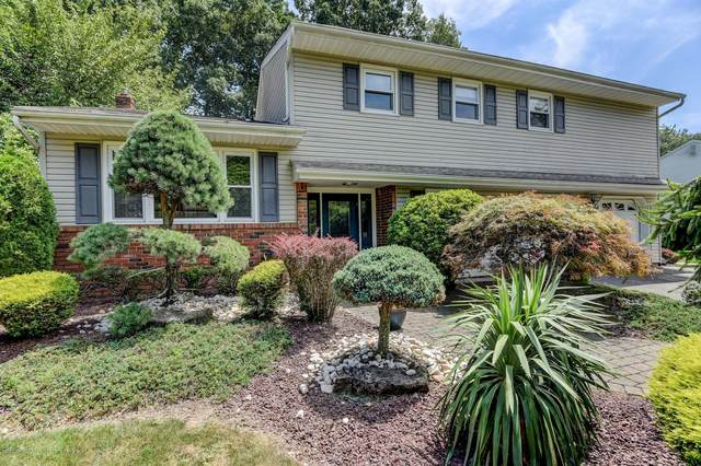10 Appomattox Drive, Manalapan, NJ 07726 (MLS #22026394) :: The DeMoro Realty Group | Keller Williams Realty West Monmouth