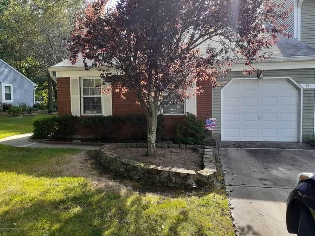 77 Oak Lane, Eatontown, NJ 07724 (MLS #22026524) :: The CG Group | RE/MAX Real Estate, LTD