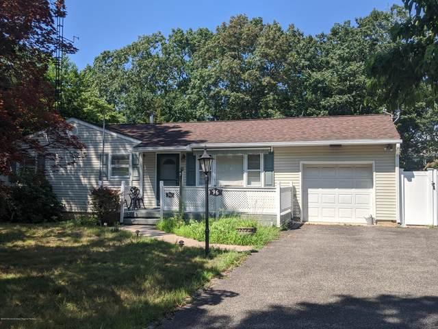 96 Mt Lane, Toms River, NJ 08753 (MLS #22026838) :: The MEEHAN Group of RE/MAX New Beginnings Realty