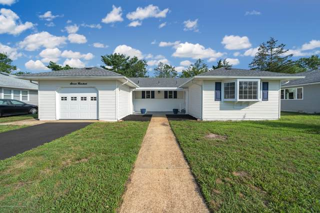 700 Jamaica Boulevard, Toms River, NJ 08757 (MLS #22027517) :: The MEEHAN Group of RE/MAX New Beginnings Realty