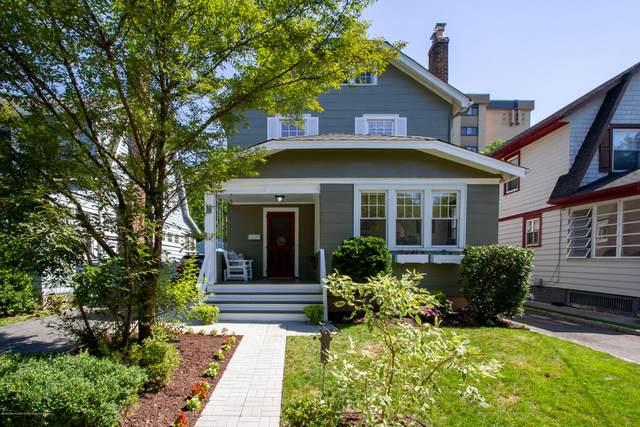 19 Coolidge Avenue, Bloomfield, NJ 07003 (MLS #22028082) :: The Sikora Group