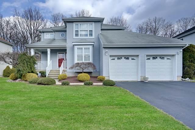 39 Enclosure Drive, Morganville, NJ 07751 (MLS #22028357) :: William Hagan Group