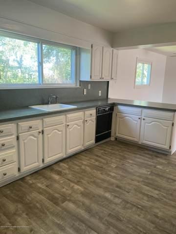 27 Brandies Road, Toms River, NJ 08757 (MLS #22028737) :: The Dekanski Home Selling Team