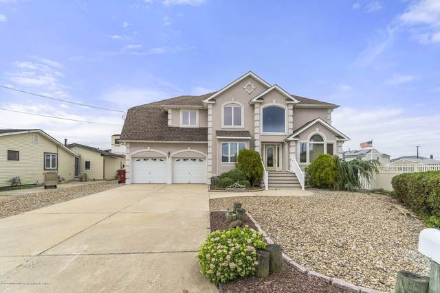 161 Amherst Drive, Bayville, NJ 08721 (MLS #22029050) :: The MEEHAN Group of RE/MAX New Beginnings Realty